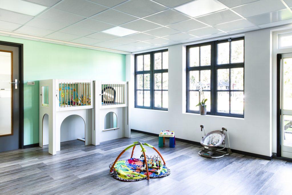 Kinderdag verblijf ontworpen door renovatie architect
